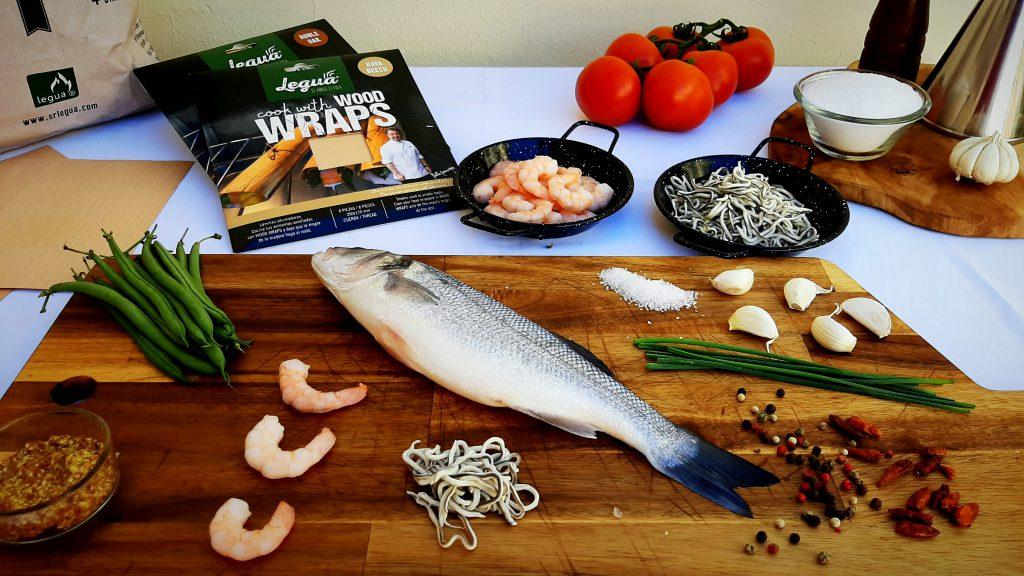 Ingredientes de la lubina a la mostaza con salteado de gulas y gambas ahumada por Wood Wraps Haya.
