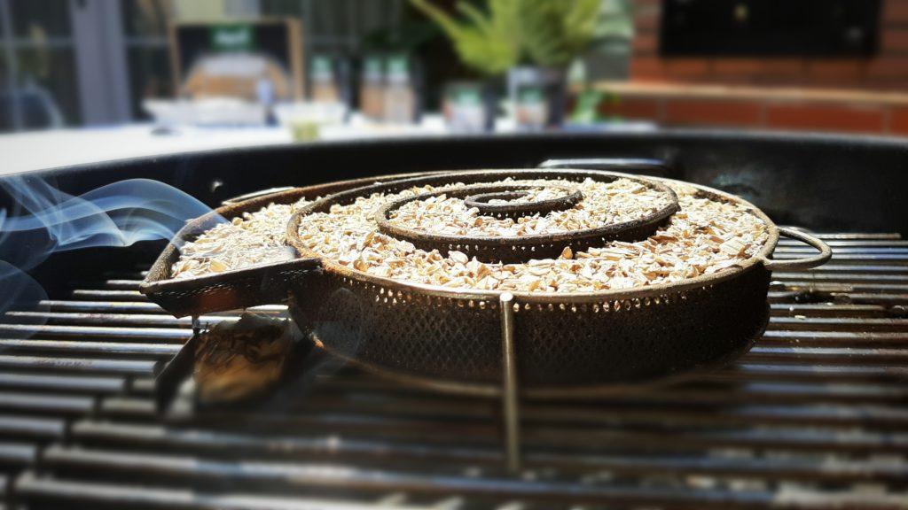 Cocina con +smoke naranjo de Legua