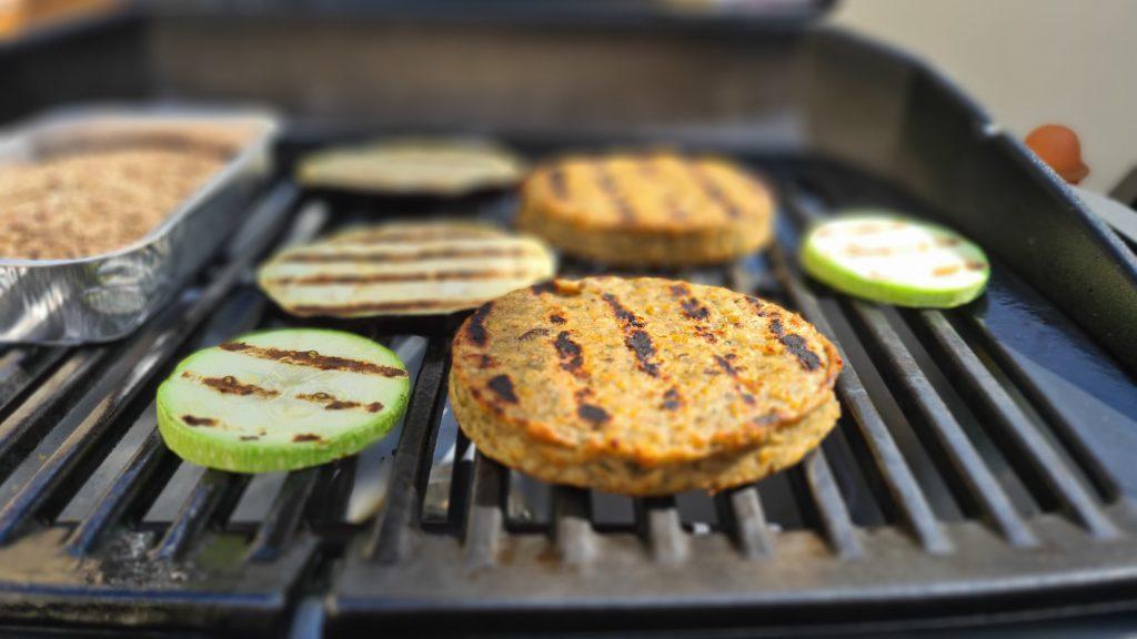 Cocina con mediterranean smoke encina de Legua.