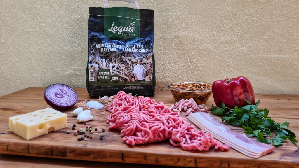 Cocinando con carbón y aromatic chip manzano  de Legua