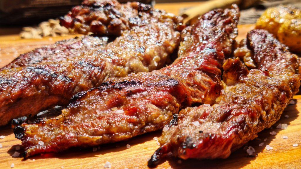 Cocina con aromatic chip olivo y carbón de Legua