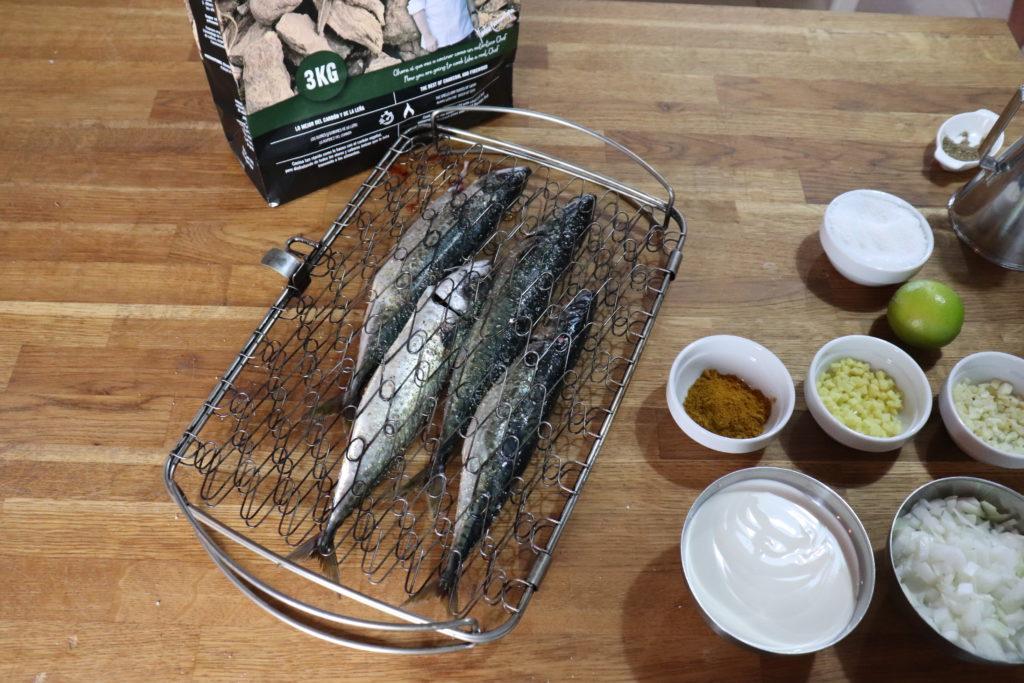 Cocina con astillas de olivo de Legua.