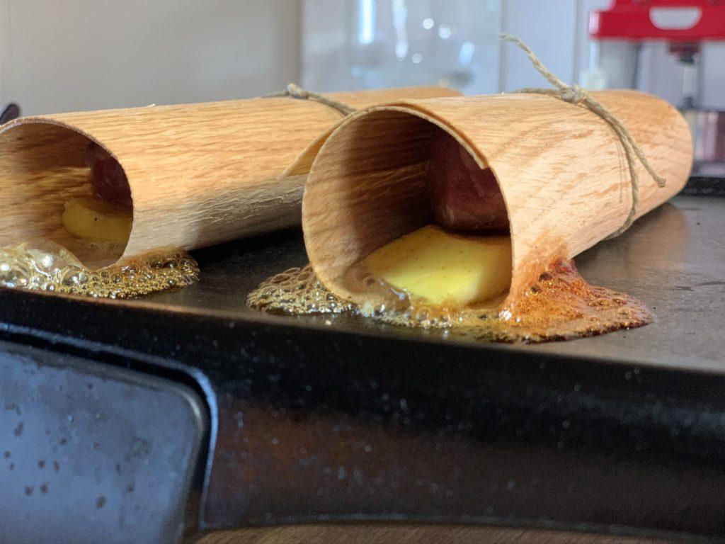Cocina con wood wrap de Legua.